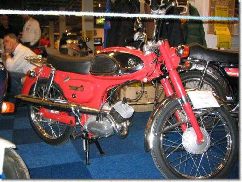 Björn Ek's omsorgsfullt renoverade M12S 1969.